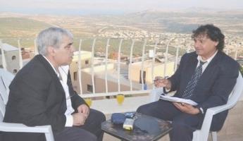لقاءٌ مع الشَّاعر والإعلامي كمال  إبراهيم - أجرى اللقاء حاتم جوعيه