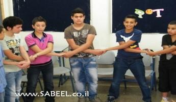 المغار : إنطلاق المُخيَّم الصَّيفي لأبناء الشَّبيبة بمُشارَكة أكثر من 500 طالب وطالبة من الصّف السّابع حتّى الثّاني عشر