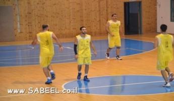 فريق مكابي المغار في كرة السلة يتغلب على فريق عرابة بالنتيجة 64-48 ويعزز امكانات الارتقاء الى درجة اعلى