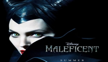 أنجيلينا جولي شريرة مرعبة في ملصق فيلمها الجديد