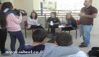 ساجور : زيارة اطّلاع على فعاليّات مراكز الشّبيبة (מרכזי נעורים) للعام 2012/2013 من قِبل داعمين مادّيين