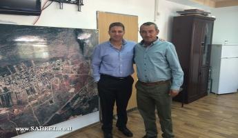 رئيس مركز السلطات المحلية يزور عددا من القرى في الجليل