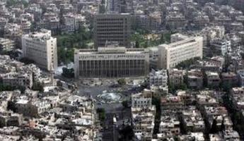 في مقابلة أجراها الإعلامي كمال إبراهيم تصف مواطنة سوريّة الأوضاع في دمشق بأنها بائسة وتعيسة وموت بالمجّان