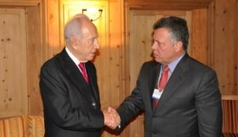 رئيس الدولة السابق شمعون بيريس يؤكد على ضرورة استئناف مفاوضات السلام الإسرائيلية الفلسطينية