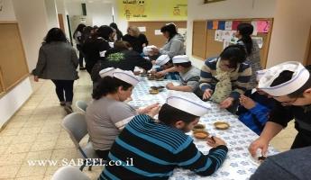 المغار: مدرسة التّعليم الخاص بالتّعاوُن مع مركز الشَّبيبة نعوريم تٌنظّم ورشة تصميم بالشّوكولاطة لطُلّابها