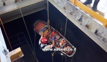 سقوط عامل داخل حفرة طولها 22 مترا في محطة توليد الكهرباء