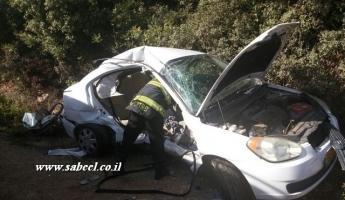 اصابة شابة من عسفيا بجروح في حادث طرق بين سيارتين...