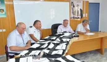 ابوسنان: توزيع معدات ولباس لمتطوعات الاطفاء والانقاذ