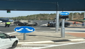 اصابة 5 اشخاص 3 منهم من المغار في اصطدام سيارتين...