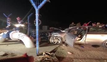 مصرع طفل واصابة اربعة آخرين في حادث اصطدام سيارة...