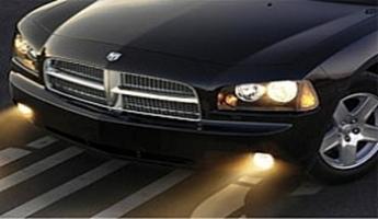 بدء سريان إضاءة مصابيح المركبات في الشوارع بين المدن في ساعات النهار ابتداء من يوم غد الخميس