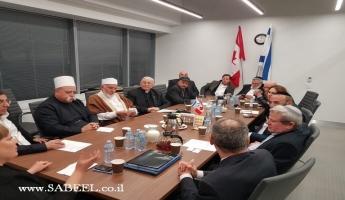 فضيلة الشيخ موفق طريف يجتمع في تورونتو - كندا مع رؤساء الكنيسة وأئمة الجوامع وقادة الجالية اليهودية