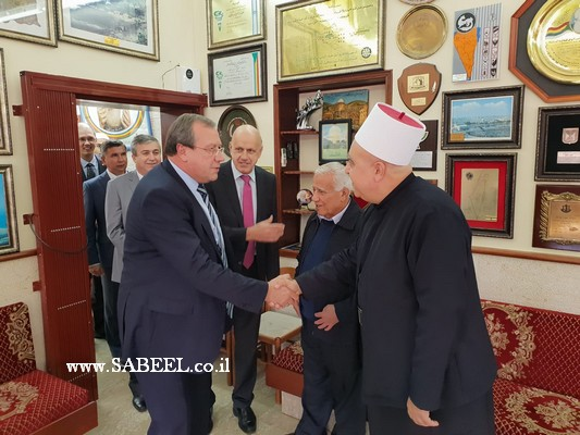 الرئيس الروحي للطائفة الدرزية فضيلة الشيخ موفق طريف يستقبل السفير الروسي في اسرائيل