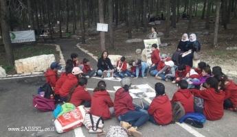 الابتدائيّة جولس (ب) تحتفل مع جمعيّة حماية الطّبيعة بعيد غرس الأشجار في حرش أحيهود