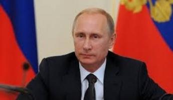 في اتصال مع ماكرون: بوتين يحذر من أي أعمال غير مدروسة وخطيرة في سوريا