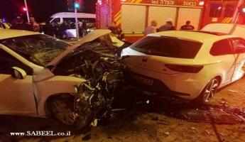 اصابات متفاوتة في حادث طرق اليم على الشارة الضوئية على مفرق الرامة