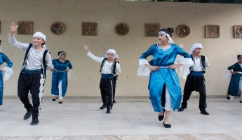 فرقة الدبكة الشعبية بيت جن تعود الى البلاد بعد مشاركتها في مهرجان الرقص الشعبي في ارمينيا