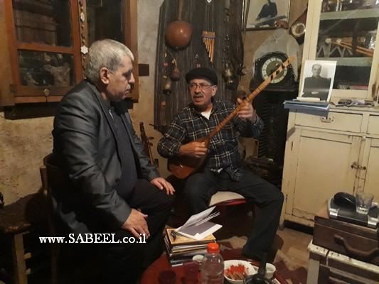 دردشة في حوار يجريه عبر الجوال الشاعر كمال ابراهيم مع الموسيقار القدير ابن الرامة سالم درويش