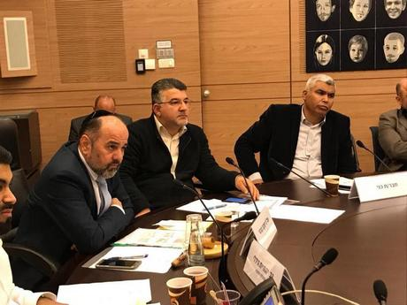النائب جبارين: معايير وزارة الصحة تمسّ بفرص تعليم الطب لدى العرب