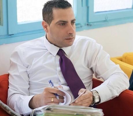 المحامي ربيع ناصر ينجح في قضية ضد التأمين الوطني بمنح مخصّصات تأمين العجر لإمرأة ربة منزل
