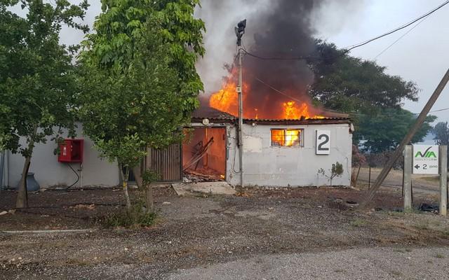 اسرائيل تستعد للتوجه لمساعدة جوية من الخارج بمحاولة للسيطرة على الحرائق