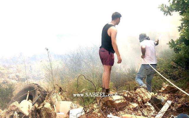 المغار : اندلاع حريق في المنصورة بالقرب من منازل الحي وانتشاره باتجاهات عدة